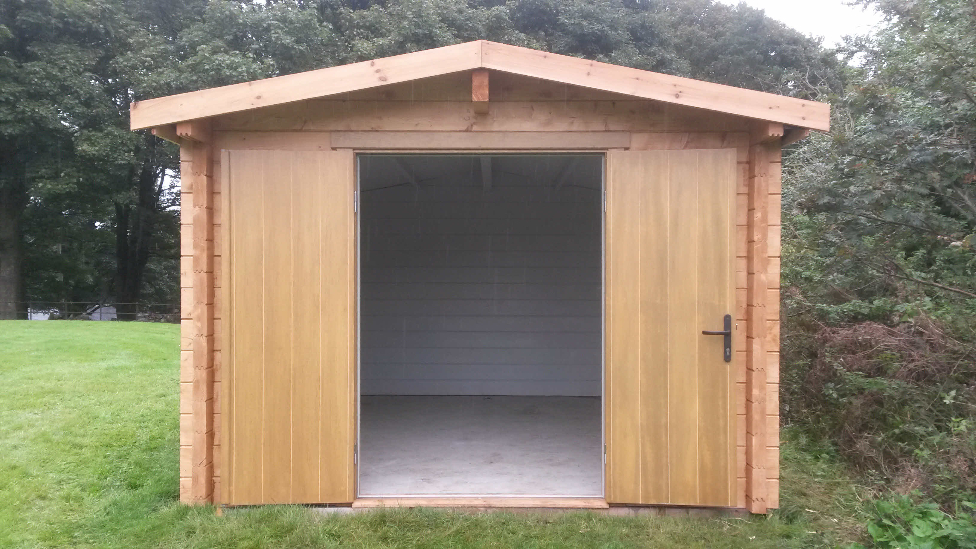 Timber Cabin Installation Bracewell 3m x 4m _3
