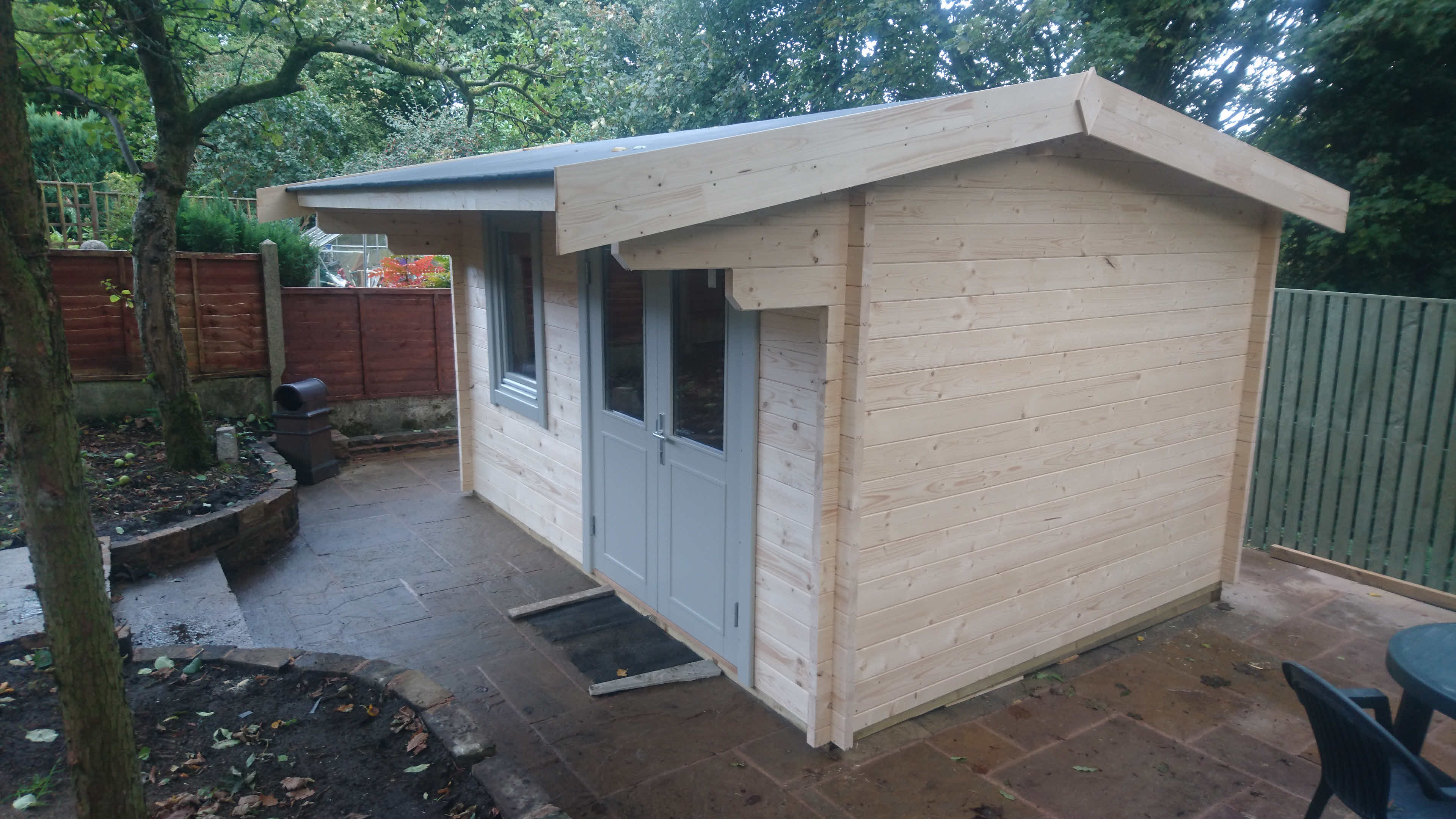 Timber Log Cabin Installation Blackburn_2