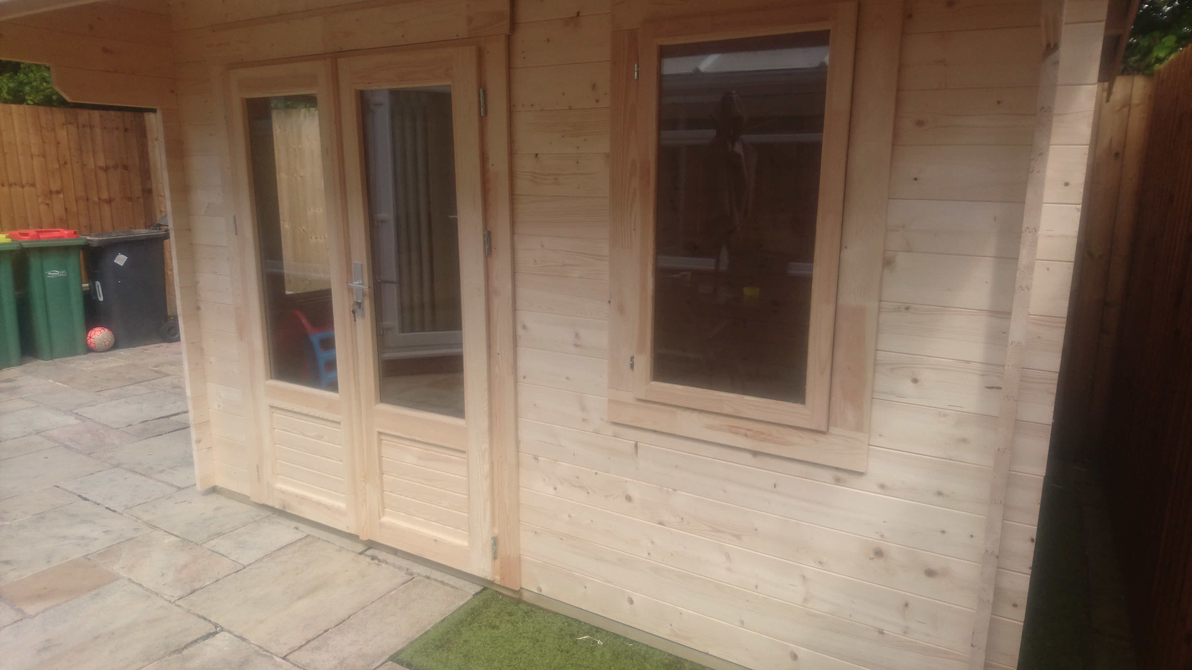Log Cabin Thurrock 3.5m x 2.5m in Lancashire
