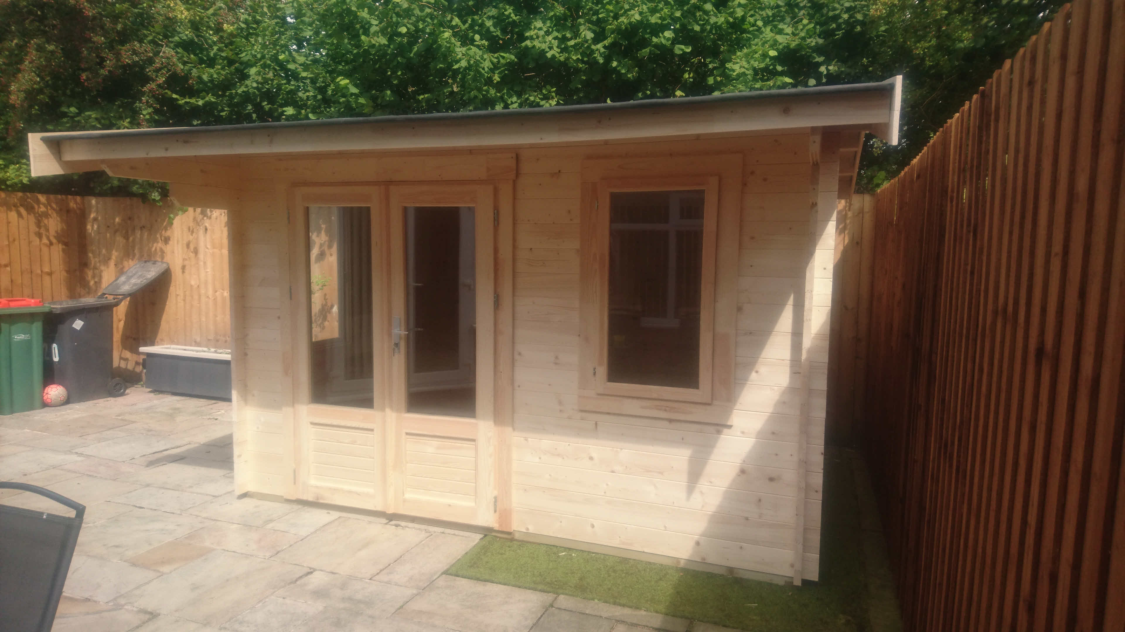 Log Cabin Thurrock 3.5m x 2.5m